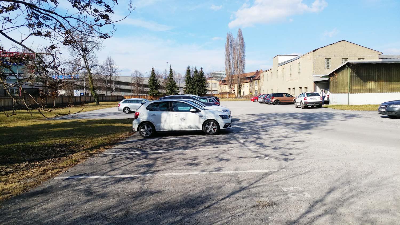 Foto von Grundstück bei der Einfahrt Citypark Fabrikgasse