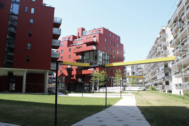 Foto Wien Sonnwendviertel Innenhof einer Wohnanlage